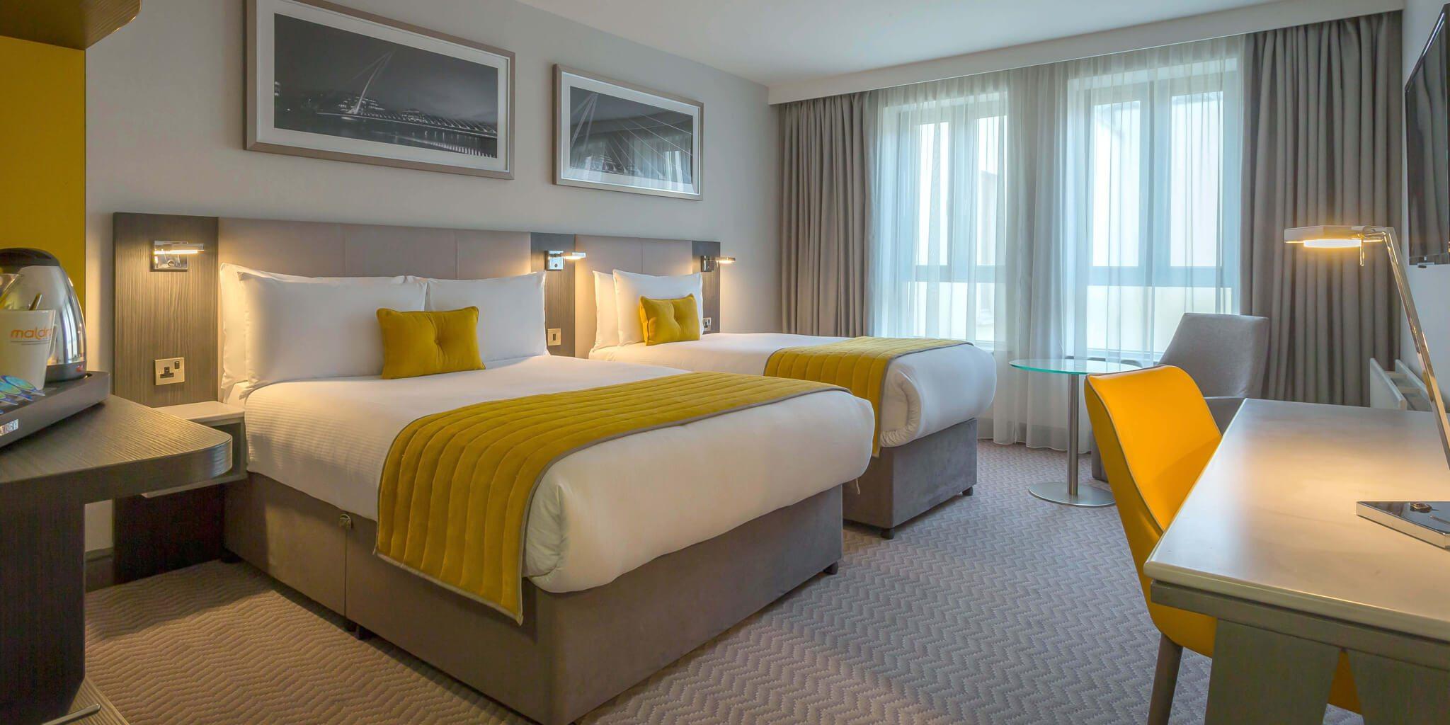 Maldron Hotels Twin Room