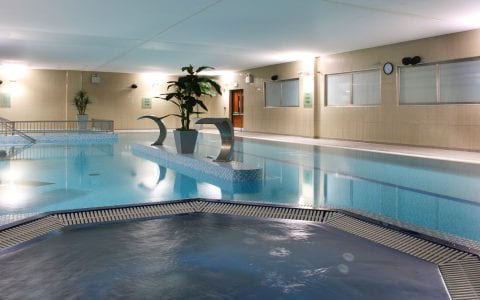 Swimming pool in Maldron Hotel Tallaght