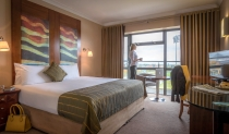 Superior-Room-Maldron-Hotel-Tallaght